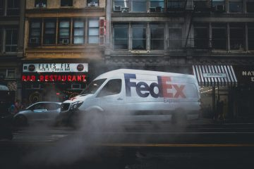 FedEx Uses Robots Amidst COVID Pandemic