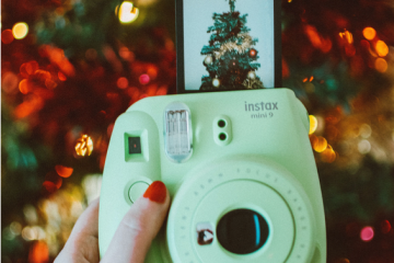 Instax Mini 9 vs Mini 11: What to Get for the Holidays