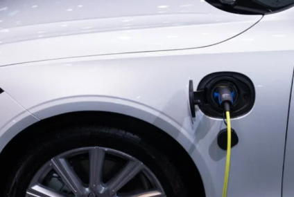 When is the Perfect Time to Buy an Electric Vehicle?