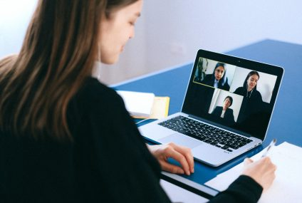 What to do in a Webinar – Online Etiquette 101