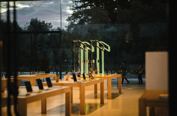 Apple's iPhone Orders Increases by 30% on the First Half of 2021