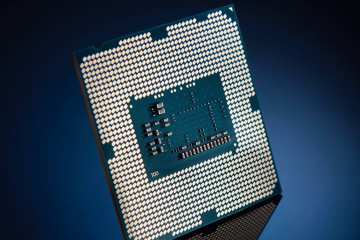 Intel Core i9-11900 equals the Intel Core i9-10900K at single-threaded tests