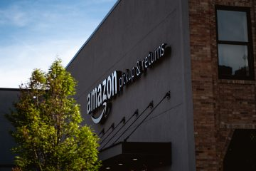 Amazon Sued for Alleged 'Inadequate' Worker Laws Amid Pandemic