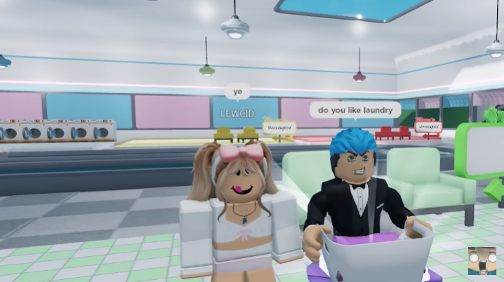 "Roblox Plans to Add ""Safe"" Voice Chat in Controversial New Feature"