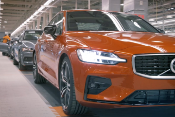 Volvo automaker will only sell electric vehicles online by 2030 in response to the climate crisis