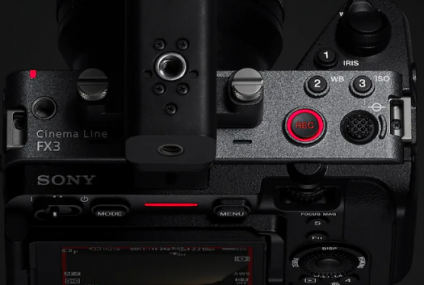 Hands Up for the Sony's Cinema Line FX3