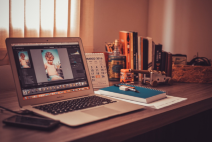 4 Photoshop Tools to Erase An Unwanted Object From A Photo