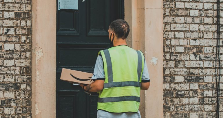 Amazon wants to have a 'key' to your apartment