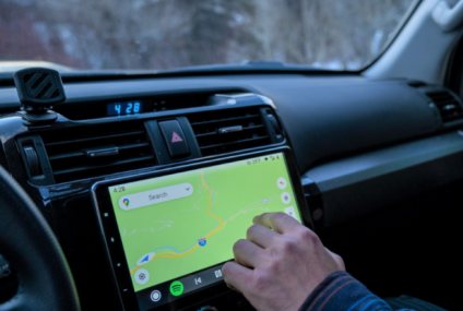 Apple CarPlay's Success Could be a Sign That Its First EV Will Soon Arrive