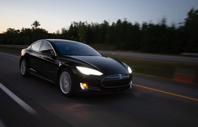Tesla Semi-Autopilot Driver-Assist System's Accuracy: Can It Save You?