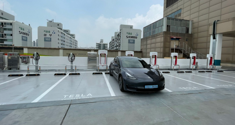 Tesla Superchargers Could Soon Be Used By Other EV Makers