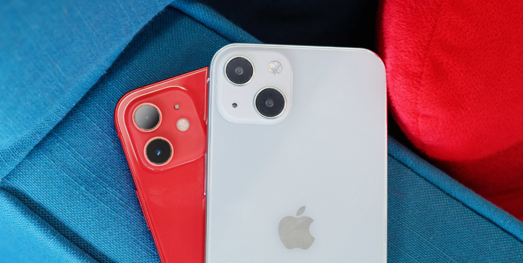 IPhone 13's Latest Leaked Details: New Claim Says Airpods 3 Is Confirmed