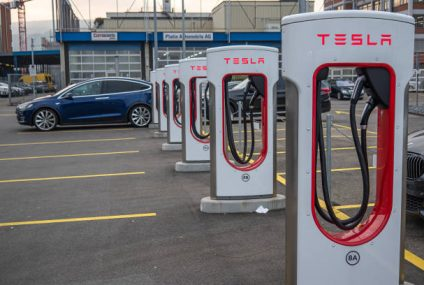 Study: Tesla Superchargers found as 'best EV charging experience'