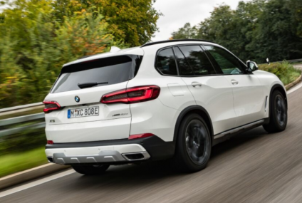 The 2021 BMW X5 xDrive45e — Hybrid With A Large Battery