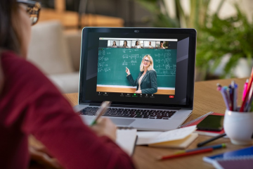 """Zoom's Newest """"Focus Mode"""" Helps Avoid Distraction In Online Classes"""