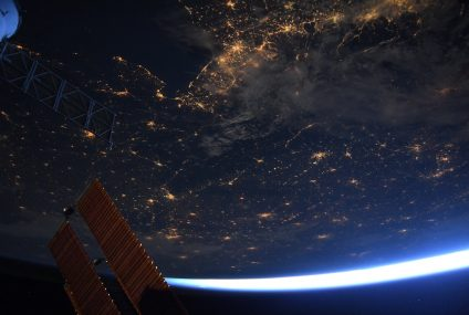 ISS Astronaut reveals how he captures photos in space